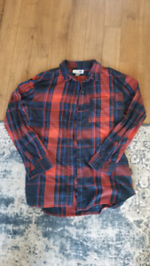 Various Women's Flannels and Button Ups