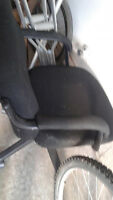 Compuer chair black ---FREE-----