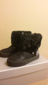 Toddler girls boots size 8