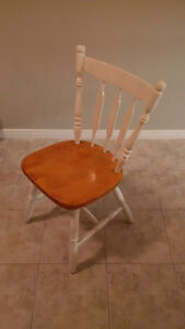 4 dining chairs for sale Kitchener / Waterloo Kitchener Area image 1