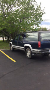Trade for boat!   1993 chev suburban 4x4