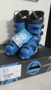 Brand new in box unisex Lange ski boots size 24.5cm