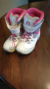 Fieros Girl's/Youth Winter Boots   5 -6.5youth