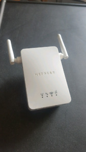 Moving Sale - WiFi repeater