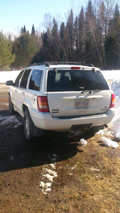 2000 Jeep Grand Cherokee Limited 4.7l V8 (might accept trade)