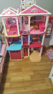 Barbie Doll House w/ Accessories