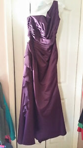 Alfred Sung Bridesmaid dress size 18