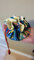 Jewelry pouch with compartments