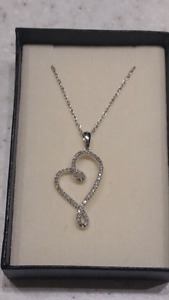 .25 TDW Hanging Heart Diamond with 10K white gold chain