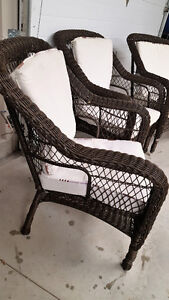 Wicker exterior chairs with cushions Kitchener / Waterloo Kitchener Area image 3