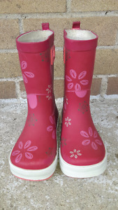 Girls Shoes and Rain Boots - Size 9