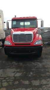 Freightliner Columbia day cab