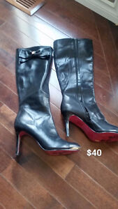 Womens Town Shoes Knee High boots $40.00 Size 8.5