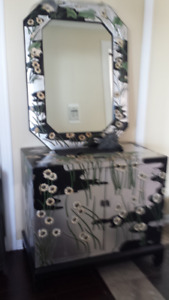 Chinese art decorative credenza with mirror