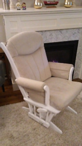 Dutailier Rocker/Glider Nursing Chair - Like New