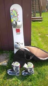 sno board with a case