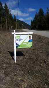 Close to Lumby Well-drilled and Paved to Lot, newer subdivision