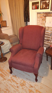 Winged Back Recliner