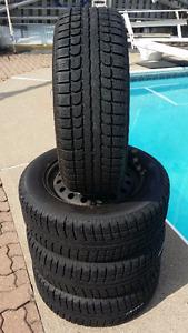 4 Max Trek M7 on Rims (5 Holes) Winter Tires P215/60R16