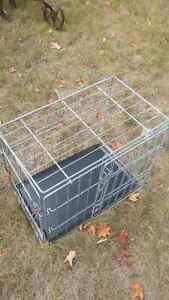 crate with tray
