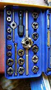 Blue Point Tap and Die Set Cambridge Kitchener Area image 5