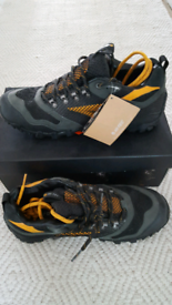 Hi-Tec hiking/trek/walking shoes