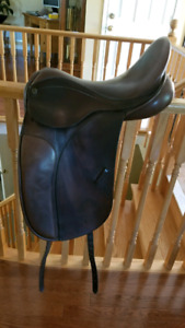 County Competitor  Dressage Saddle