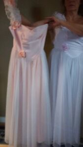 Two beautiful bridesmate or prom dresses West Island Greater Montréal image 1
