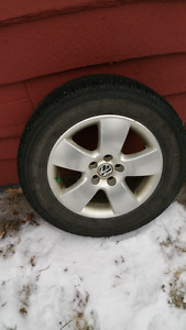 Michelin Tires Premier 195 / 65R15  91H & VW Rims