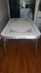 Vintage Table w/ Metal Legs and Chairs