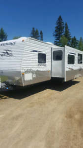 2010 30 foot with bunks  $119.00 by/weekly