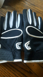 Brand New Cutter Football Gloves XL