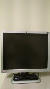 HP L1910 monitor for sale