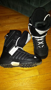 K2 Mens snowboard boots size 10
