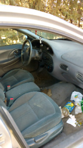 1998 ford Taurus for parts 500 obo