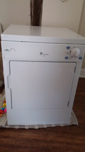 Apartment Sized Dryer-SOLD PENDING Pick up