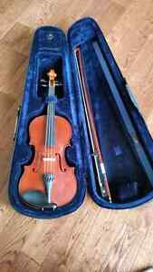 Childrens half violin