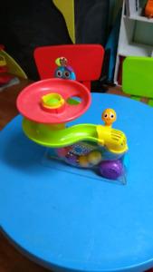 Aéro'balles Playskool - aide à la marche