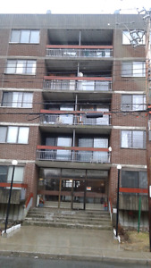 3.5  $775.00$ , 2.5 $700. 00, apartment available,  July,  Aug,