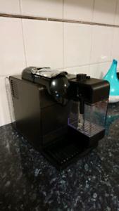 Nespresso Delonghi Latissima Coffee Machine