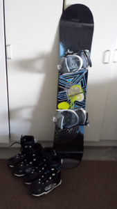 Youth snowboard & boots