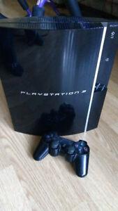 Playstation 3 utiliser comme blu ray.... Très bon état....