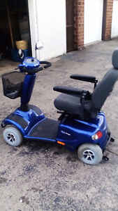 4 wheel invacare auriga 10 mobility scooter with waranty   2 yea