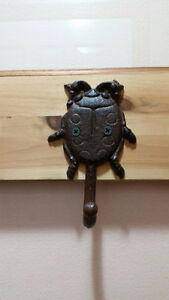 Reclaimed coat rack with nature inspired hooks Kitchener / Waterloo Kitchener Area image 4