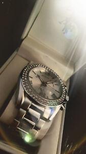 Magnifique montre pour femmes