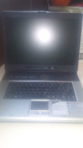 Laptop( for parts)does