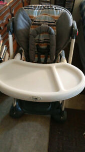 Lux baby highchair