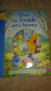 Moving Windows Storybook in perfect condition. Beautiful book