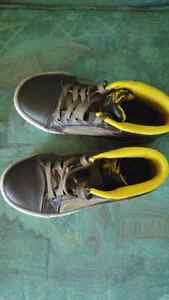 Boys size 13.5 Skechers high top shoes. Brand new condition. London Ontario image 2