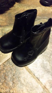 Teeny Toes black girls boots size 3